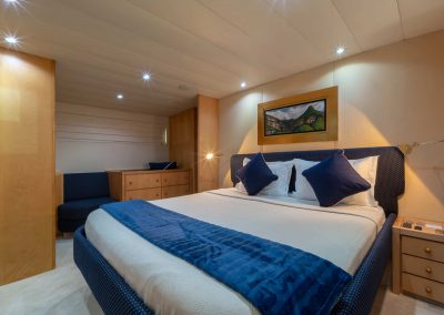 Yacht Double Size Bedroom