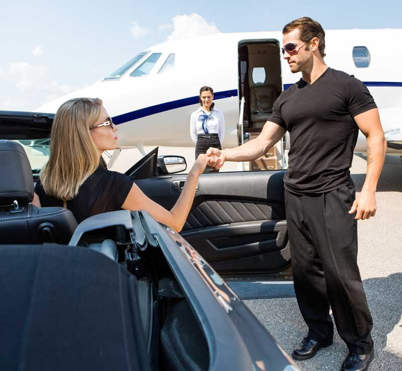 VIP-LIMOUSINE-service-in-phuket-by-delta-security